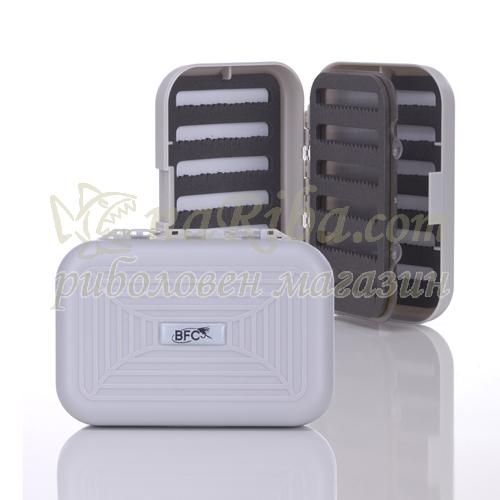 Кутия за мухи водоустойчива PC
